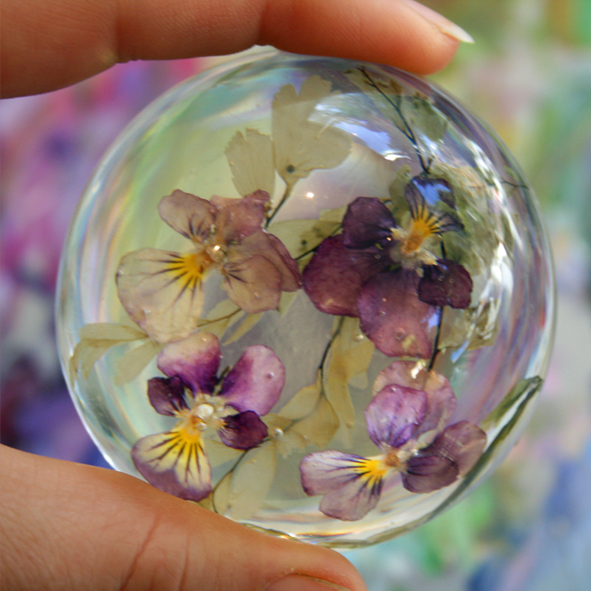 Heartsease Paperweight  - photo Marie Cameron 2012