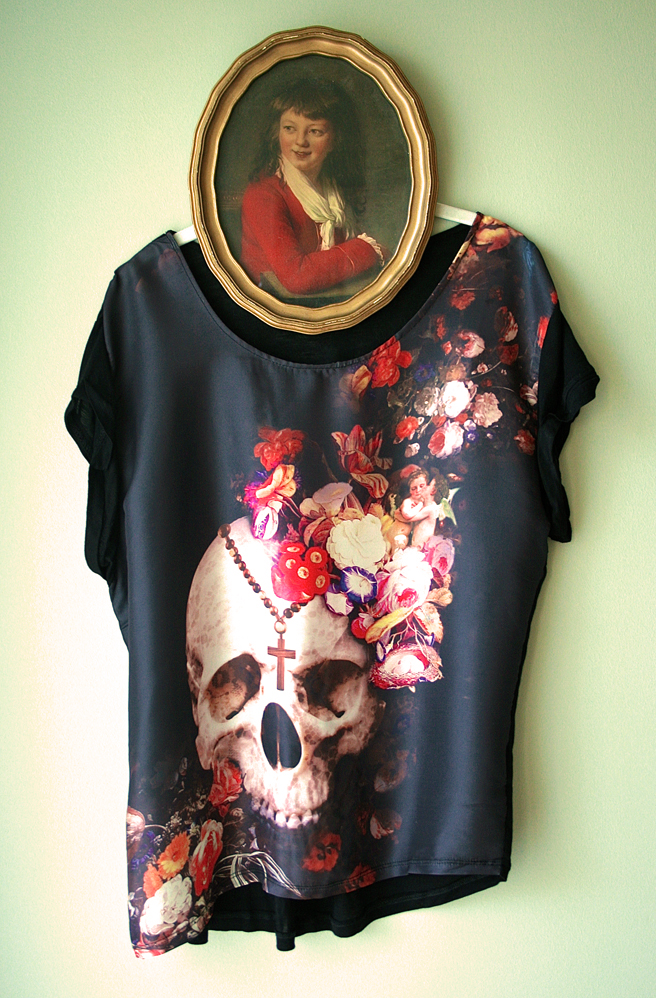 Art of Dressing -Skull and Flowers T- Marie Cameron 2013