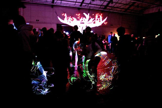 Maker Faire - Children Dancing With lLight - photo Marie Cameron 2015