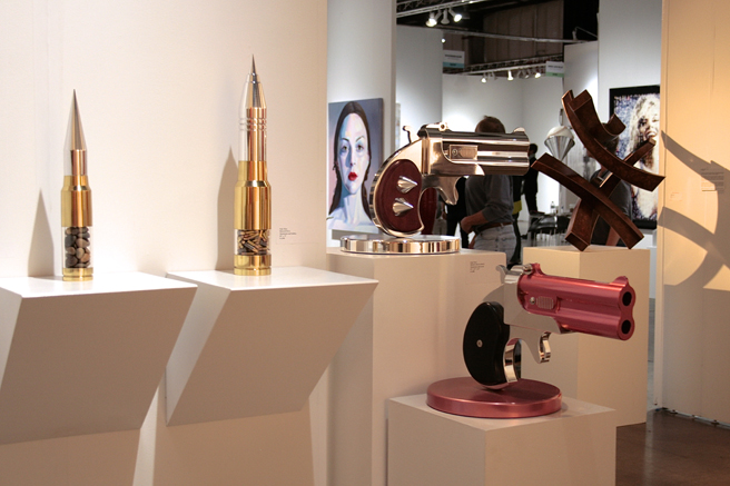 art SV SF - Gale Hart - bullets and guns - ten472 Contemporary Art - photo Marie Cameron 2015