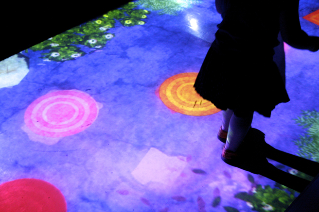 teamLab at Pace Art + Technology exhibition 3 - photo Marie Cameron 2016