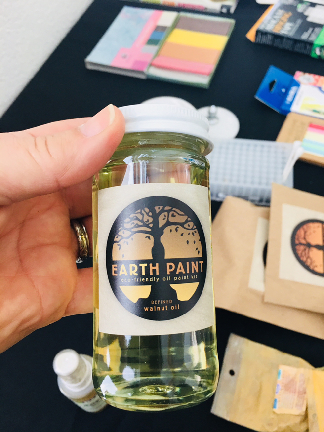 Saving the Earth by Changing Art - materials - Art Ark - photo Marie Cameron 2018